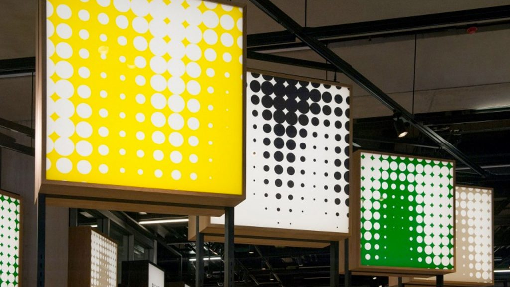 Boards showing Tate dots pattern